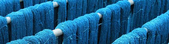 Dyeing blue yarn
