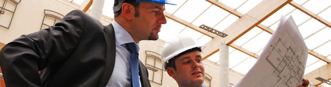 Two men in construction hats for banner image of Modern Safety Management Course